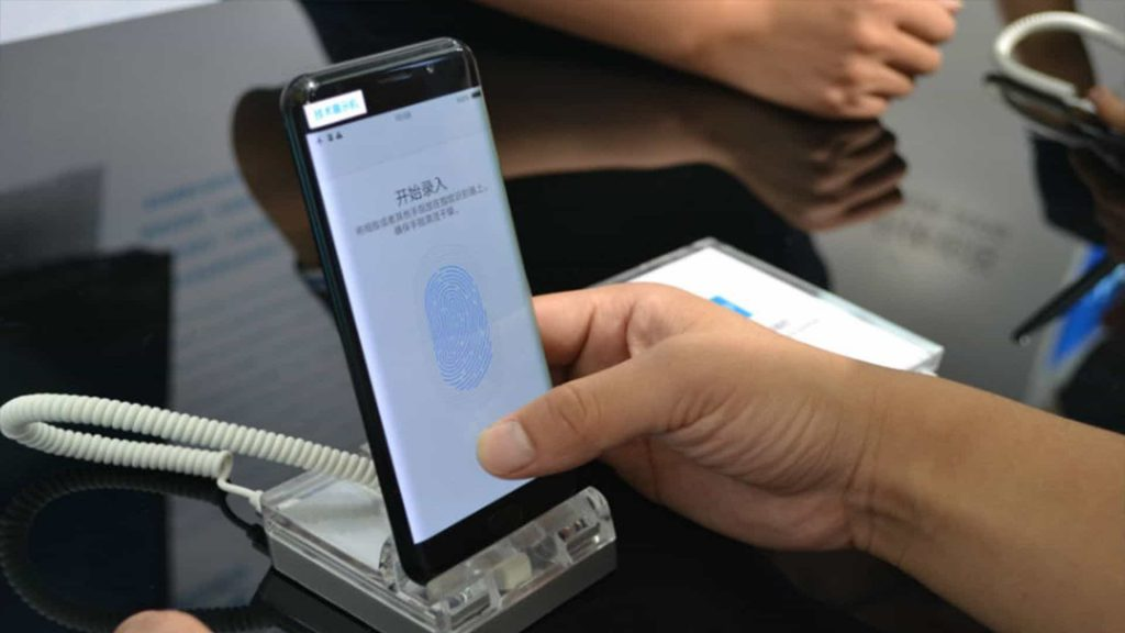 Vivo reveals the Vivo X20 Plus UD, beating Apple in the use of an optical fingerprint scanner - 2