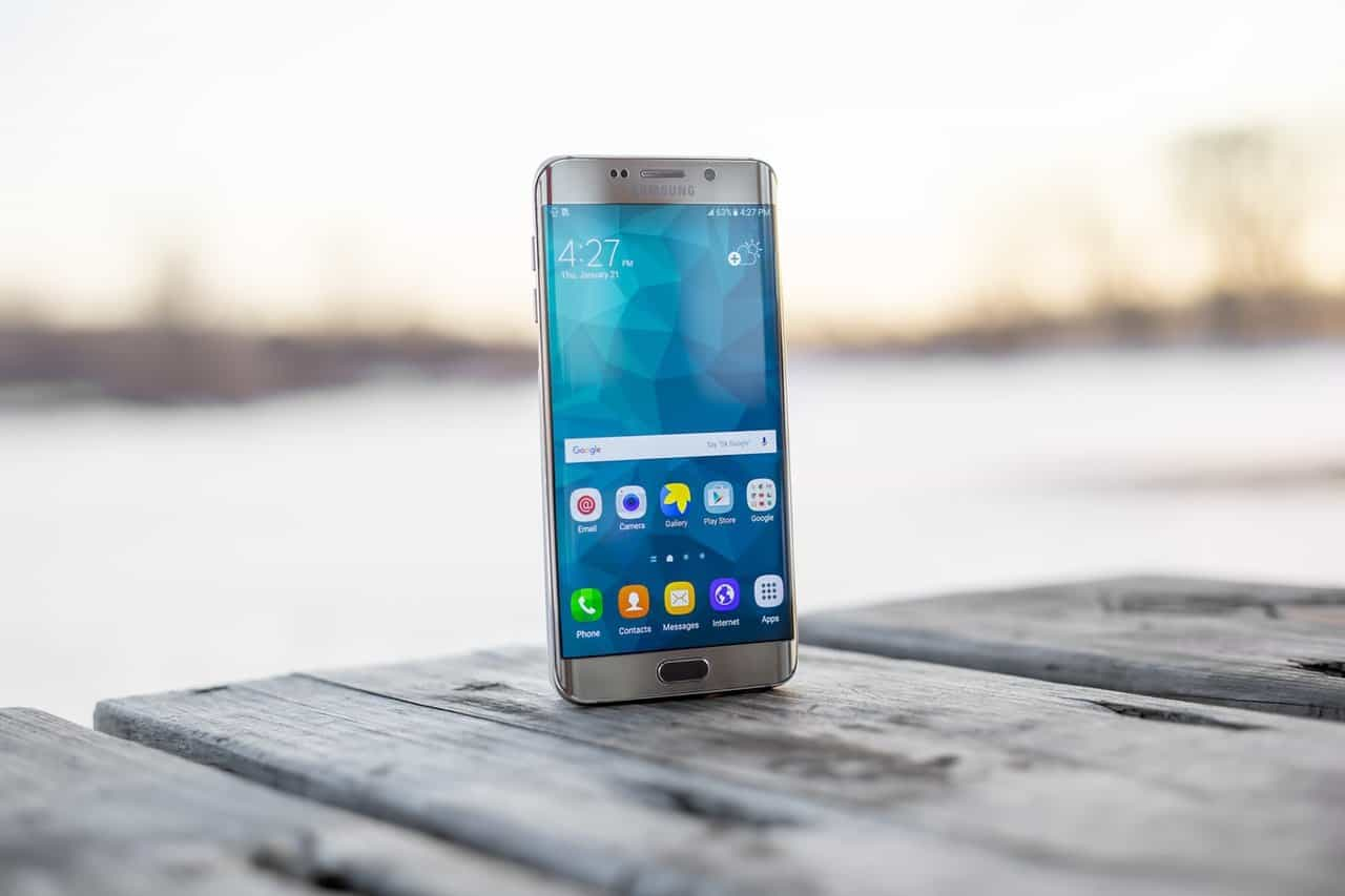 Top 5 reasons why Samsung smartphones actually suck [Updated - 2020] - 2