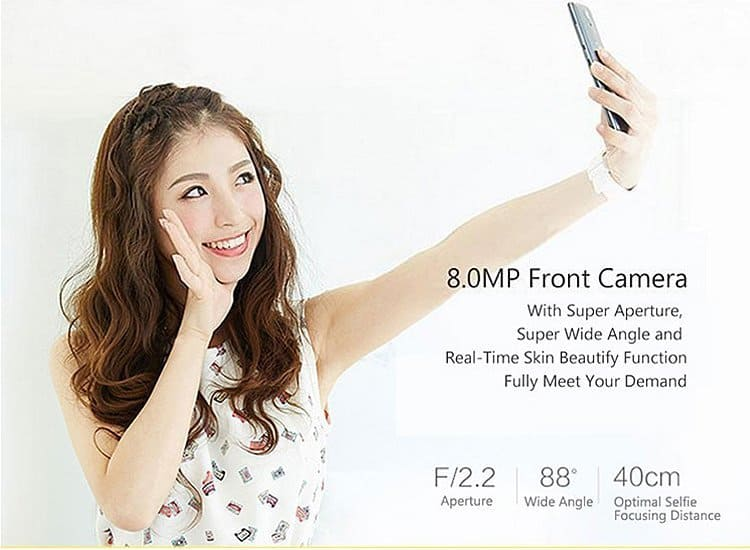 TCL 3S M3G smartphone front-camera