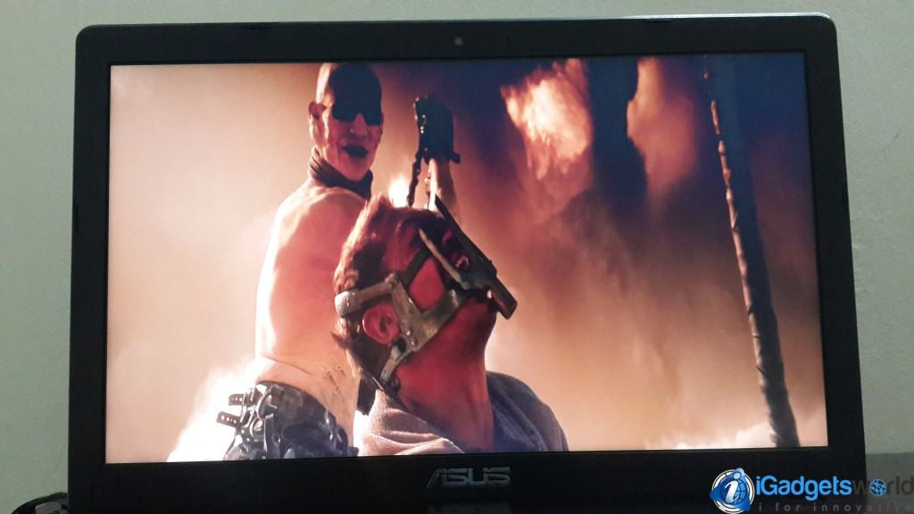 Asus-R510J-Review---Mad-Max-Fury-Road---Movie-Screen---3