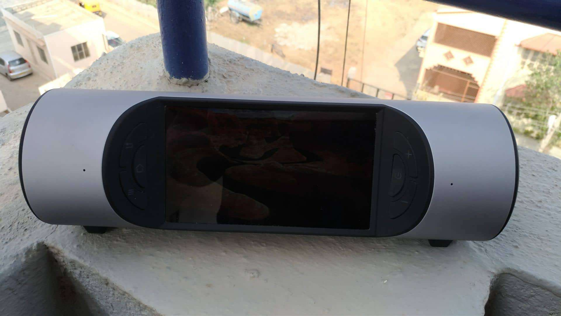 ZBINNO Miro Review - A Portable Smart Media Player That can Bring Colors to your Travel Life! - 2
