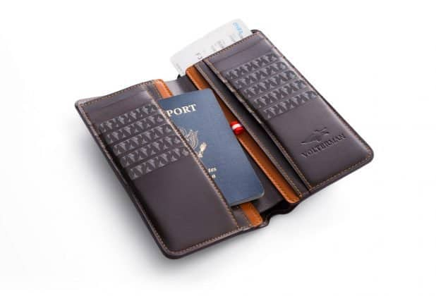 What if I Tell You, I found a Wallet that can Charge Your Phone, Give Wi-Fi Access, Catch Thief and much more! - 6