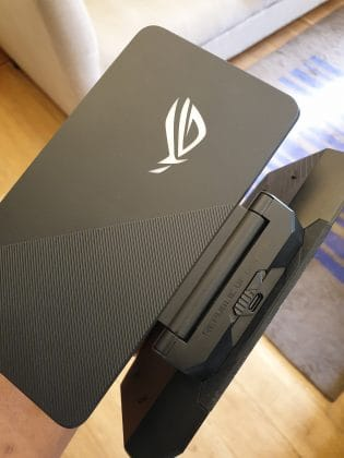 ROG Phone II Hands-on Review - My First Impressions On the Next-Gen Gaming Phone - 7
