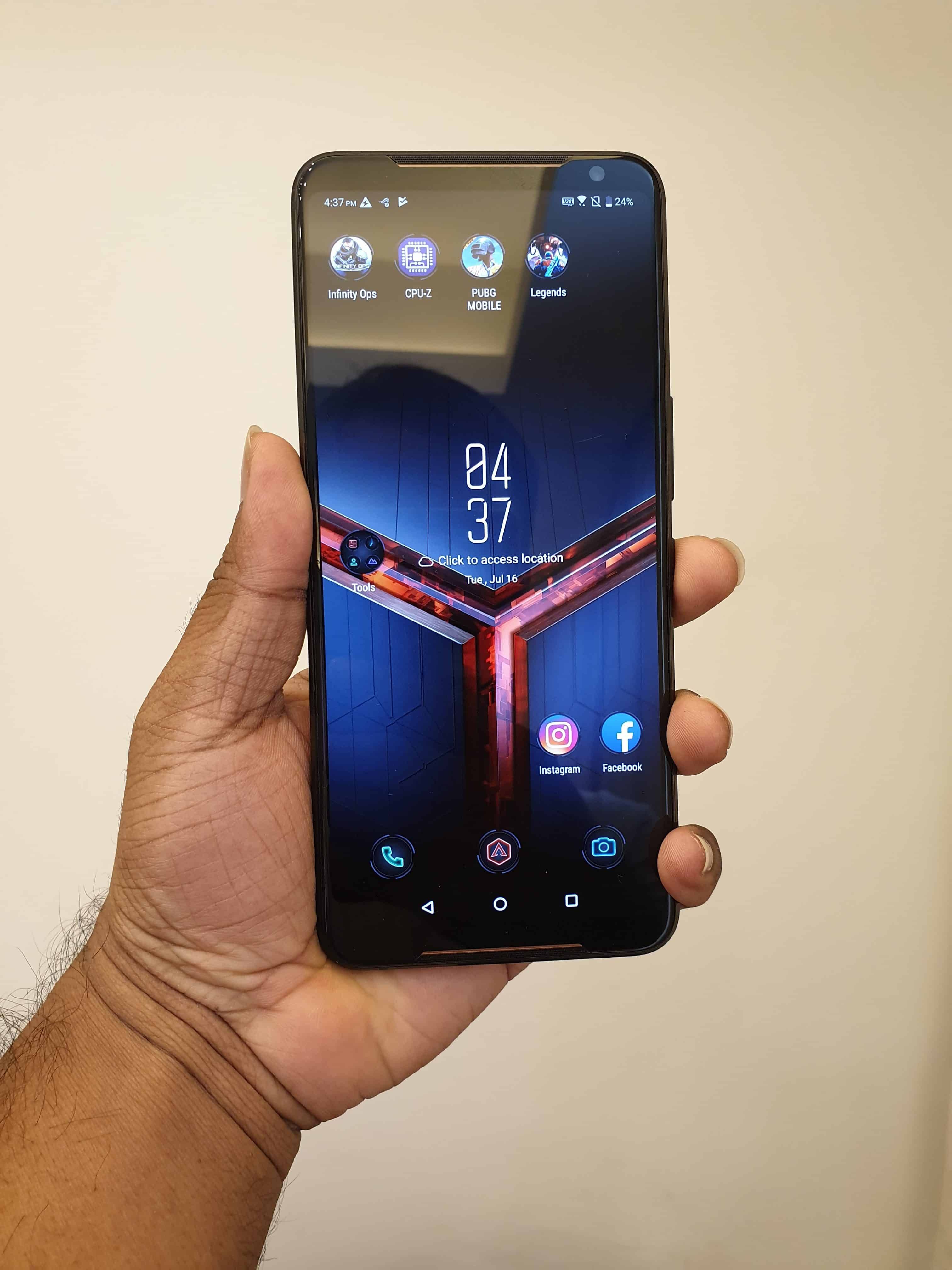 ROG Phone II Hands-on Review - My First Impressions On the Next-Gen Gaming Phone - 1
